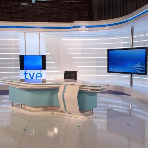 Construcción Decorado TV-Colorkreis-INFORMATIVOS TERRITORIALES - TVE_01