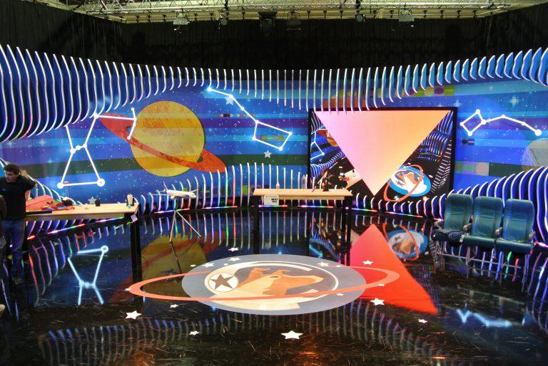 Decorado de tv-Escenografía TV-Colorkreis-ORBITA LAIKA_K2000-08